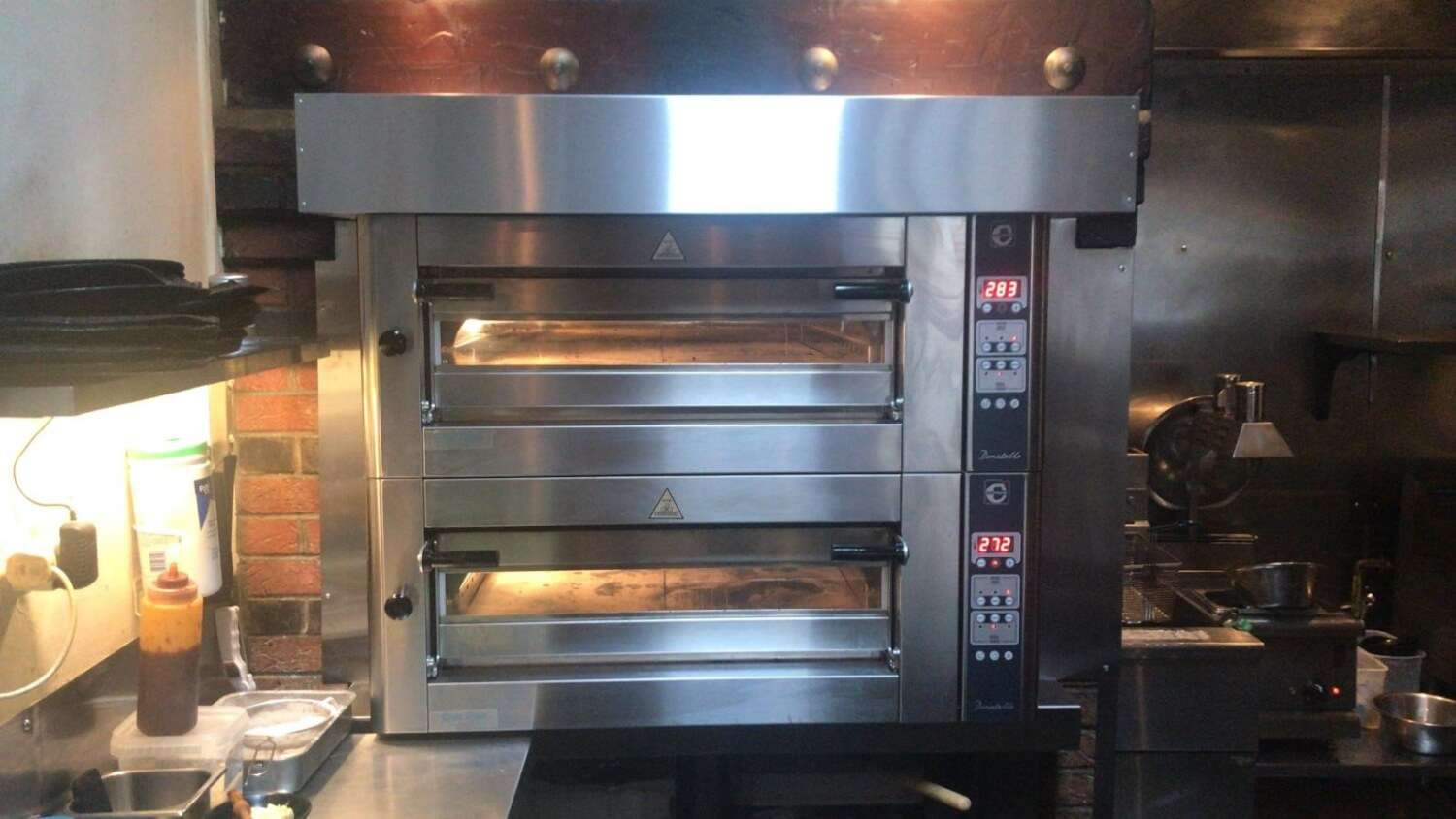 Firehouse Rotisserie Pizza Oven - Rpundstone Catering